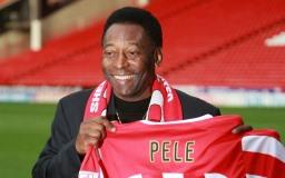 Celebrul fotbalist Pelé imagine